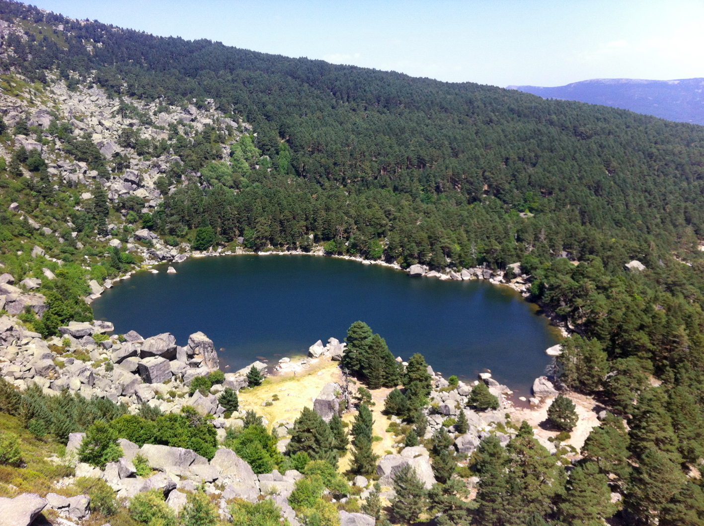 Kike_on_tour_laguna_negra