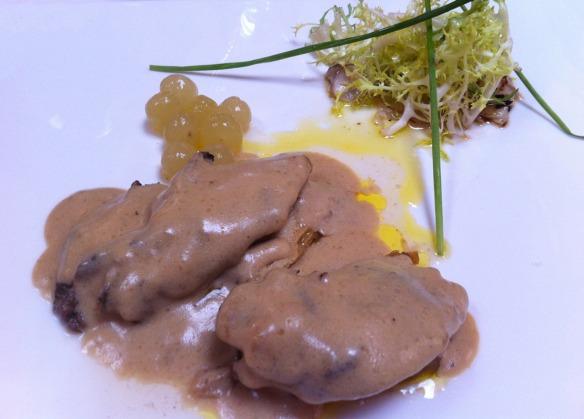 Kike_on_tour_restaurante_casa_vallecas_berlanga_soria_paloma_torcaz_con_foie_salsa_boletus